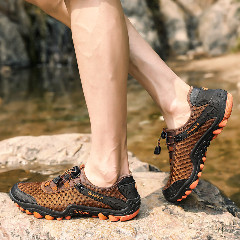 Aqua Shoes Ultra-light Quick-drying Beach Water River Walking 2019 Summer Men Mesh Breathable Flotillas Outdoor Hiking (47)