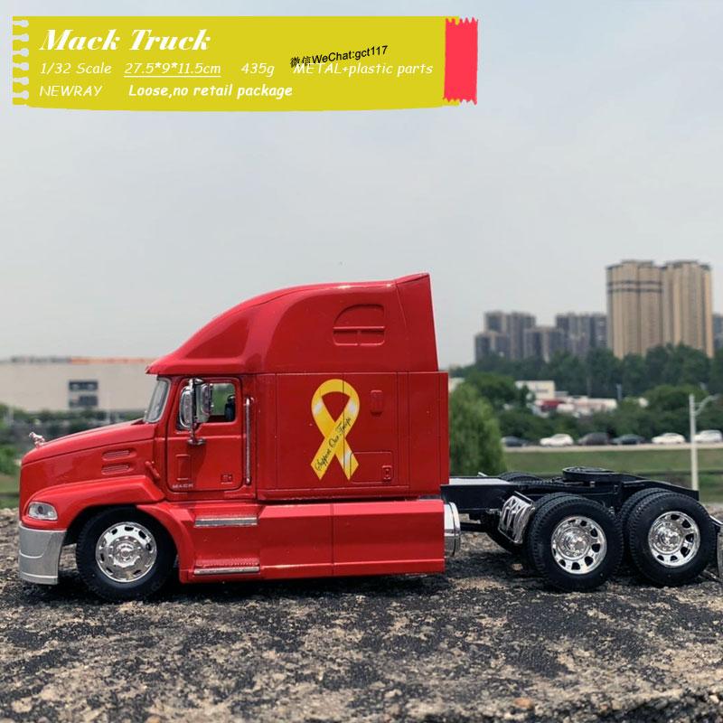 Mack Truck (3)