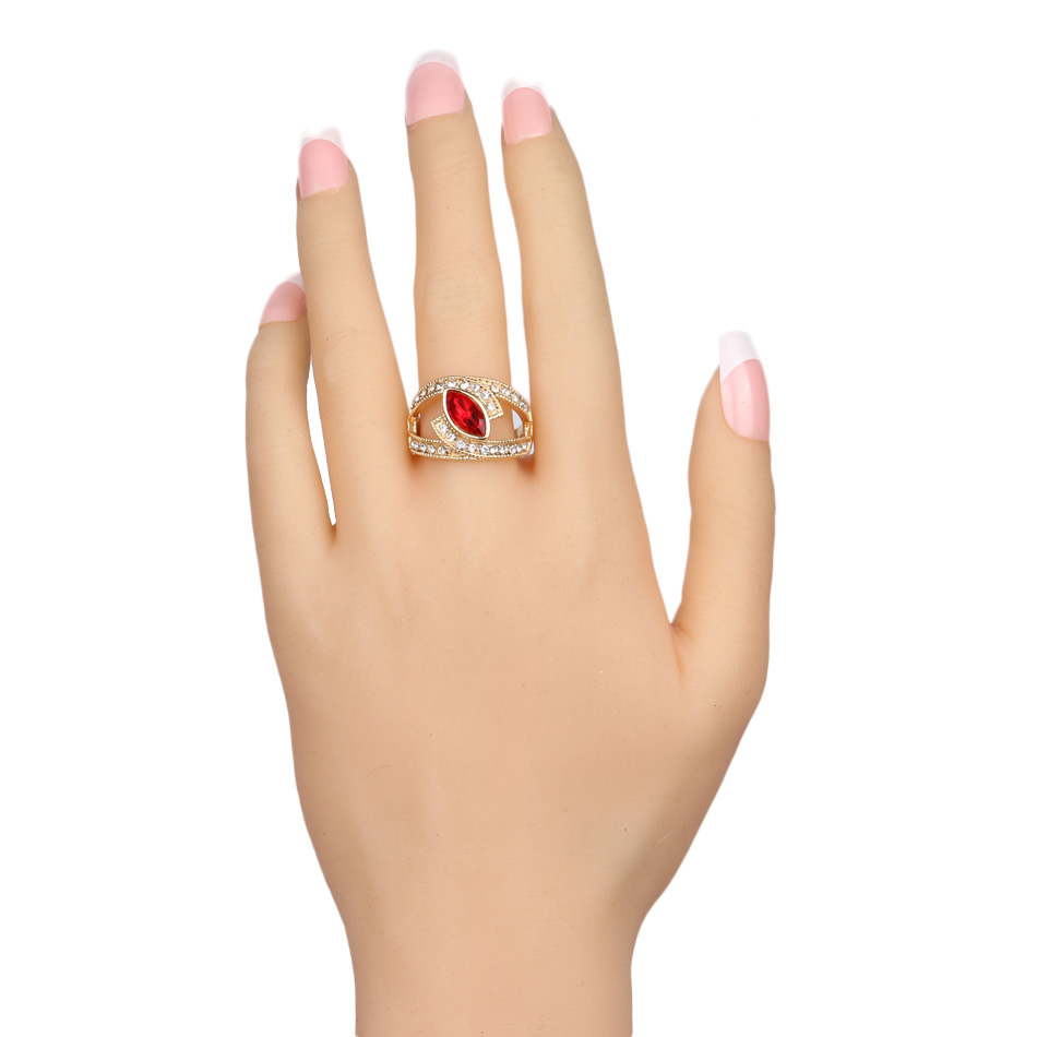 Hot-2017-Top-Fashion-Red-Crystal-Ring-Gold-Color-Punk-Rock-Crystal-Rings-For-Women-Love (1)