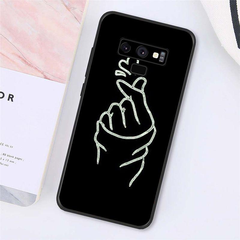 Love on the finger kpop heart