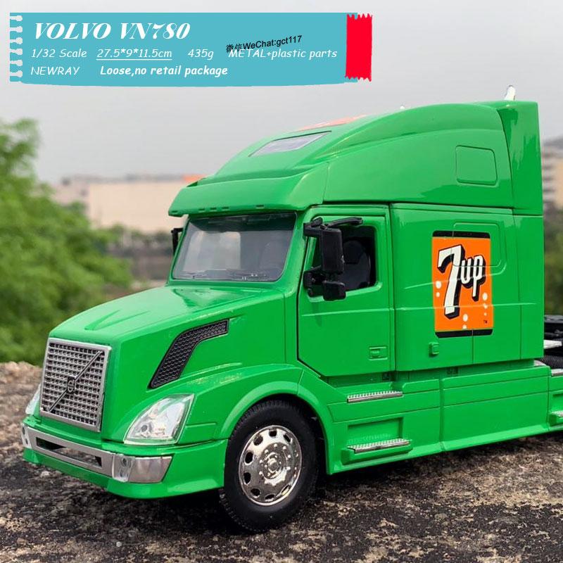 VOLVO VN780 Light green (3)