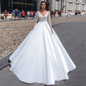 SBall-Gown Bridal-Dre...