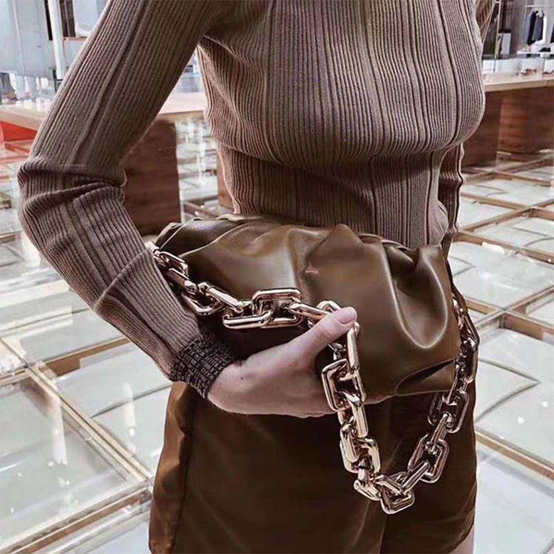 Golden Chain Luxury Women Shoulder Bags Designer Hobos Dumpling Bags Simple Solid Handbags Trend Wild Personality Clutch Bag