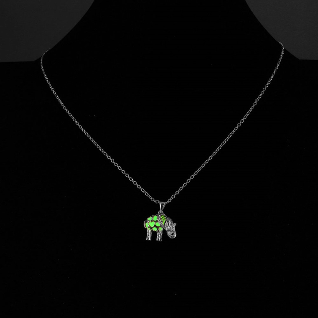 Glowing Hollow Elephant Long Pendant Necklace Punk Ethnic Luminous Animal Pendant Chain Necklace Unisex Silver Jewelry collares