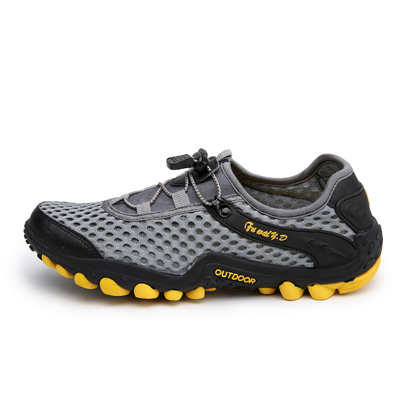 Aqua Shoes Ultra-light Quick-drying Beach Water River Walking 2019 Summer Men Mesh Breathable Flotillas Outdoor Hiking (1)