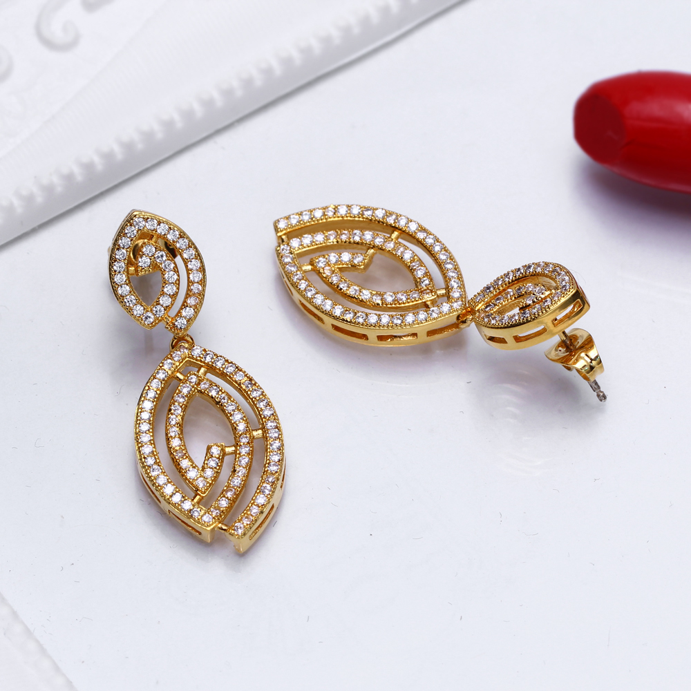 Earrings (6)
