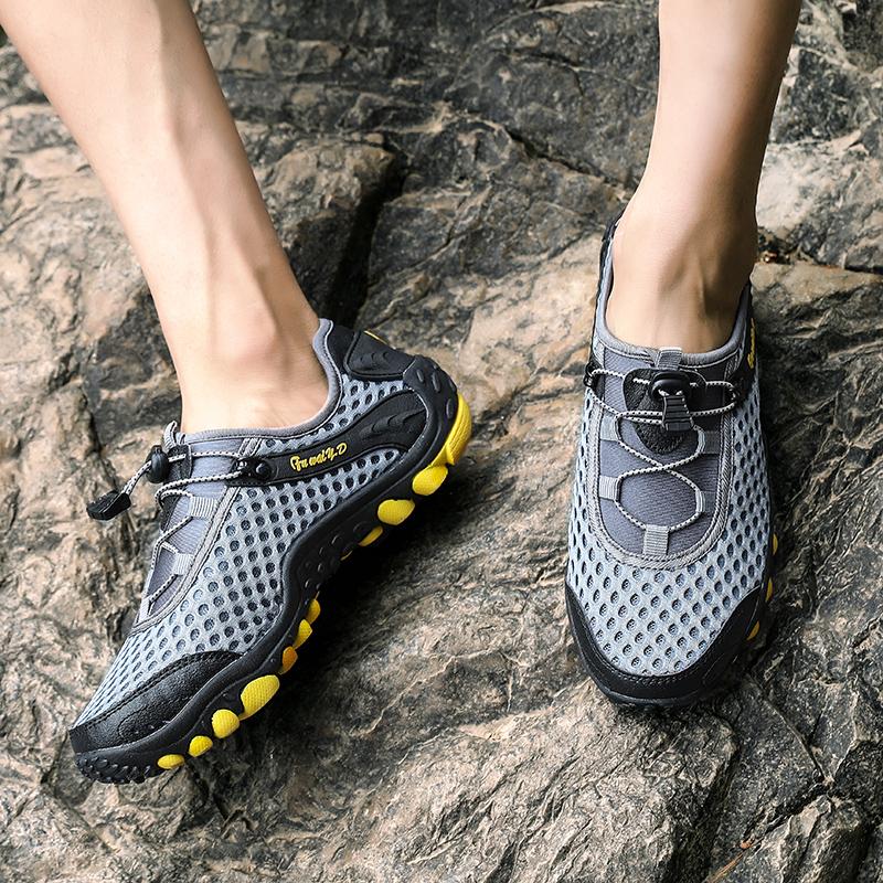 Aqua Shoes Ultra-light Quick-drying Beach Water River Walking 2019 Summer Men Mesh Breathable Flotillas Outdoor Hiking (42)