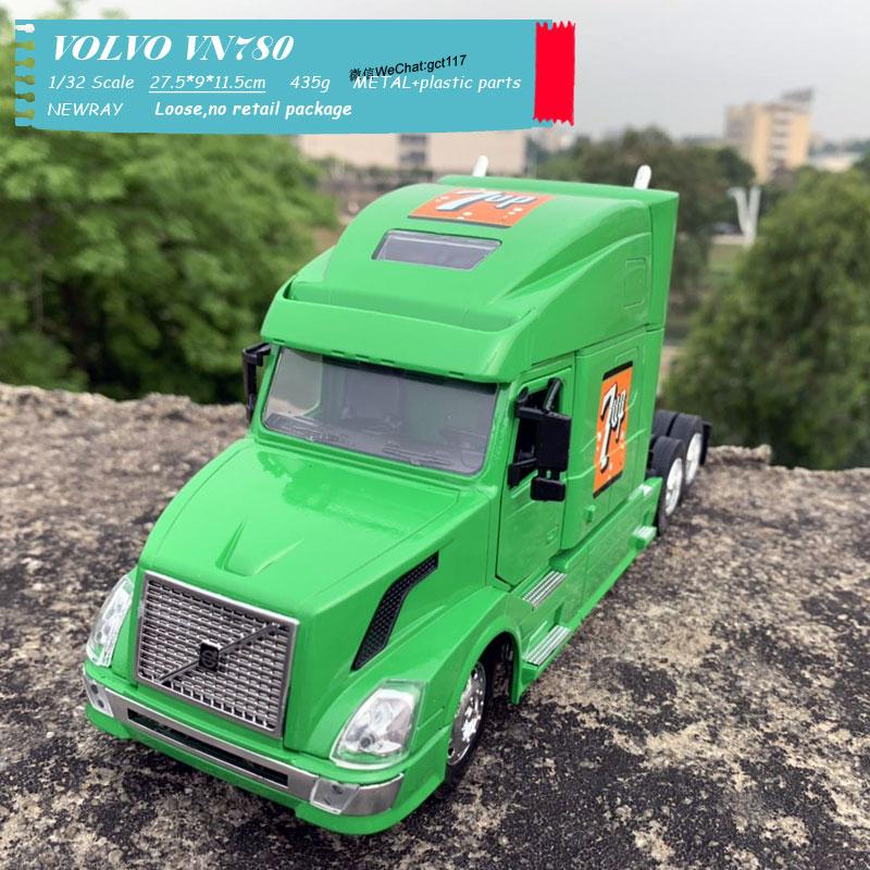 VOLVO VN780 Light green (2)