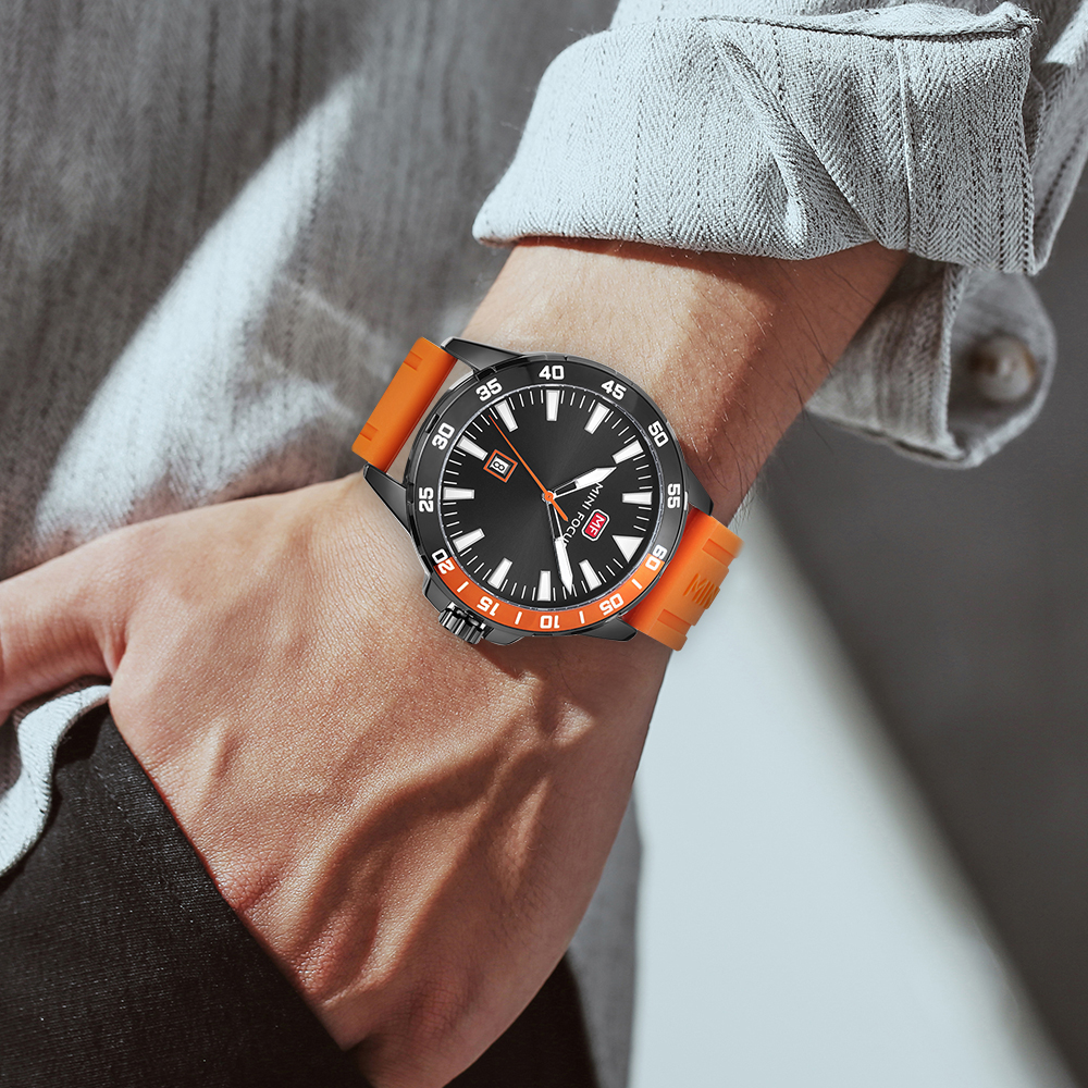Sport Watches Mens 2020 Military Watch Men Calendar Date Display Quartz Clock Orange Rubber Strap Waterproof Fashion MINI FOCUS