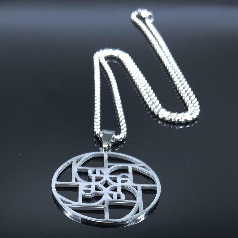 Image collier avec pendentif ratio médiéval en argent brillant