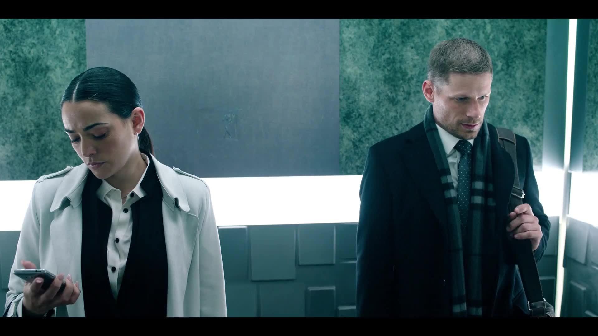 一趟电梯,男女主就已相识、相恋、相杀,老外真会玩,密室惊悚片