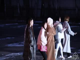 Showgirl美女视频386