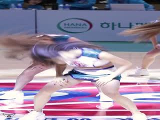 Showgirl美女视频352