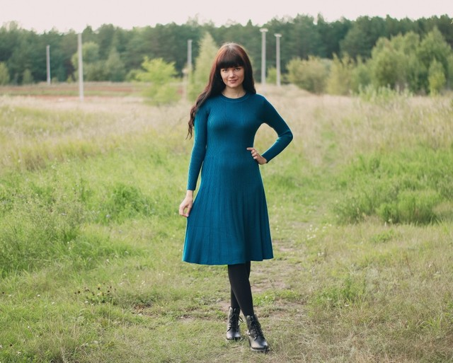 Трикотажное платье EZSSKJ - style