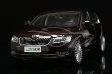 Diecast Car Model 1:18 Shanghai Volkswagen Skoda Superb (Red) + SMALL GIFT!!!!!