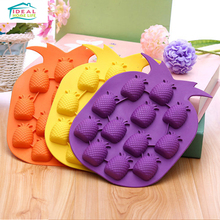 New Pineapple Fruit Shape Ice Cube Tray Mold Chocolate Jelly Pudding Maker Mould Refrigerator Freeze Tools