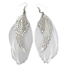 Charming Jewelry Retro Angel Wings Feather Shaped Simple Elegant Angle Wing Drop Earrings Unique Statement Feather Earrings