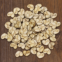 100Pcs Rustic Wooden Love Heart Wedding Table Scatters Decor Crafts Buttons