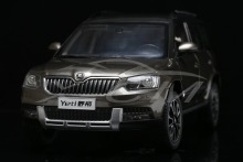 Diecast Car Model 1:18 Shanghai Volkswagen Skoda Yeti YETI SUV (Brown) + SMALL GIFT!!!!!