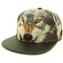 2016 New Unique Vivid Lifelike Wild  Wolf  Wolves Totem Printing Snakeskin PU Peak Hiphop Snapback Caps Hat Gorras for men women