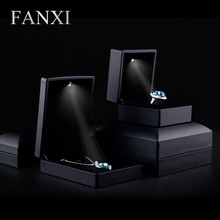 2016 FANXI hot sell matte black rubber paint jewelry box with LED light for wedding or party holder finger ring/pendant/bracelet
