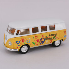 1:32 Scale Printed Pattern Bus Diecast Toys & Vehicles, Pull Back Classical Bus, Cute Toy For Collection, Kids Toys / Brinquedos