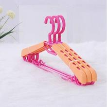 New Style Clothes Hanger Telesopie Universal Hanger Super Practical Sturdy Clothes Hanger 3PCS(Color Random Transmission)(China)