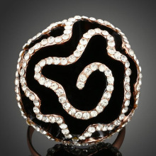 Rhinestone Epoxy Black Camellia Big Flower Ring Vintage Jewelry Statement Rings for Women Accessories(China)