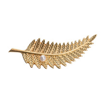 Fashion Costume Jewelry  Brooches For Women Leaf Pins Lapel Brooch Trendy Accessories Christmas Gift