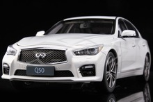 Diecast Car Model Infiniti Q50 1:18 (White) + SMALL GIFT!!!!!!!!!!!