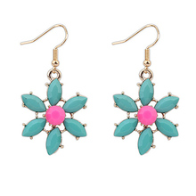 Summer Style Colorful Acrylic Romantic Flower Earrings Vacation Beach Plated Fashion Cute  Earrings For Women P115259 P115266