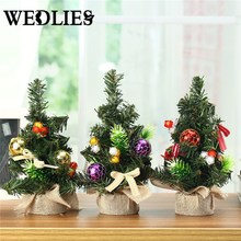 Plastic Mini Christmas Pine Tree Festival Party Ornaments Figurine Miniature Christmas Party Table Display Decoration Gifts