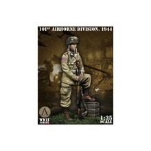 1/35 Resin Figure Model Kit  WWII U.S. army 101 airborne division  Unassambled  Unpainted