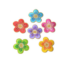 FUNIQUE 5PCs Lovely Flower Iron On Patches For Clothing DIY Embroidered Appliques Cartoon Stickers Needlework Suppliers Crafts