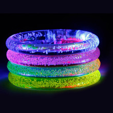 Fluorescent Luminous Bracelets Wristband Rubber Unisex Bangles Glow Bracelets Bracelet Birthday Party Supplies(China)