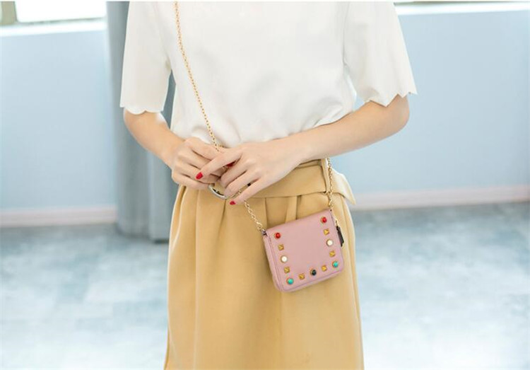 MJ Women Wallets Fashion Colorful Rivets PU Leather Zipper Coin Purse Card Holder Short Wallet with Chain Shoulder Strap (27)