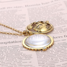 Retro Map Shocking Show Magnifier Pendant Necklace Magnify Glass Reeding Decorative Monocle Gold Color Necklace(China)