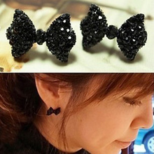 Charming Jewelry 1 Pair Lovely Rhinestones Inlaid Crystal Bowknot Shaped Ear Stud Color Black EAR-0154