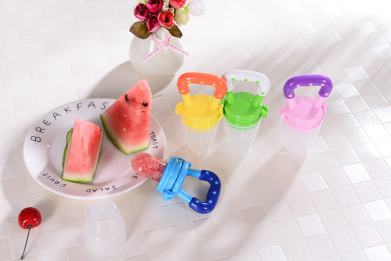 Colorful Baby Fruits And Vegetables Bite Bags Infant Teether Pacifier Reassure Chlidren Silicone Buckle Drinkers  (12)