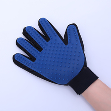 Bath Groom Glove for Gentle Efficient Pet Dog Cat Grooming Mitts Brush Comb Groomer(China)