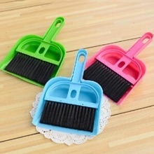Creative thicken plastic desk cleaning set mini desktop keyboard cleaning brush brush with a small broom dustpan(China)