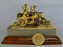 1/35 Resin Figure Model Kit  WWII the germans in north Africa 3 figures (NO motorcycle ) Unassambled  Unpainted