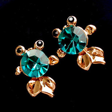 Women Fish Shaped Crystal Rhinestones Inlaid Earrings Gold Silver Plated Stud Earring Charming Jewelry(China)