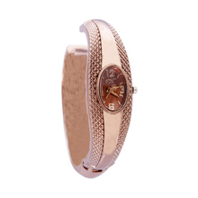 Unique Fashion Quartz Watch Women Ladies Snake Shaped Bracelet Watch Bangle Diamond Ornaments Luxury Silver Gold