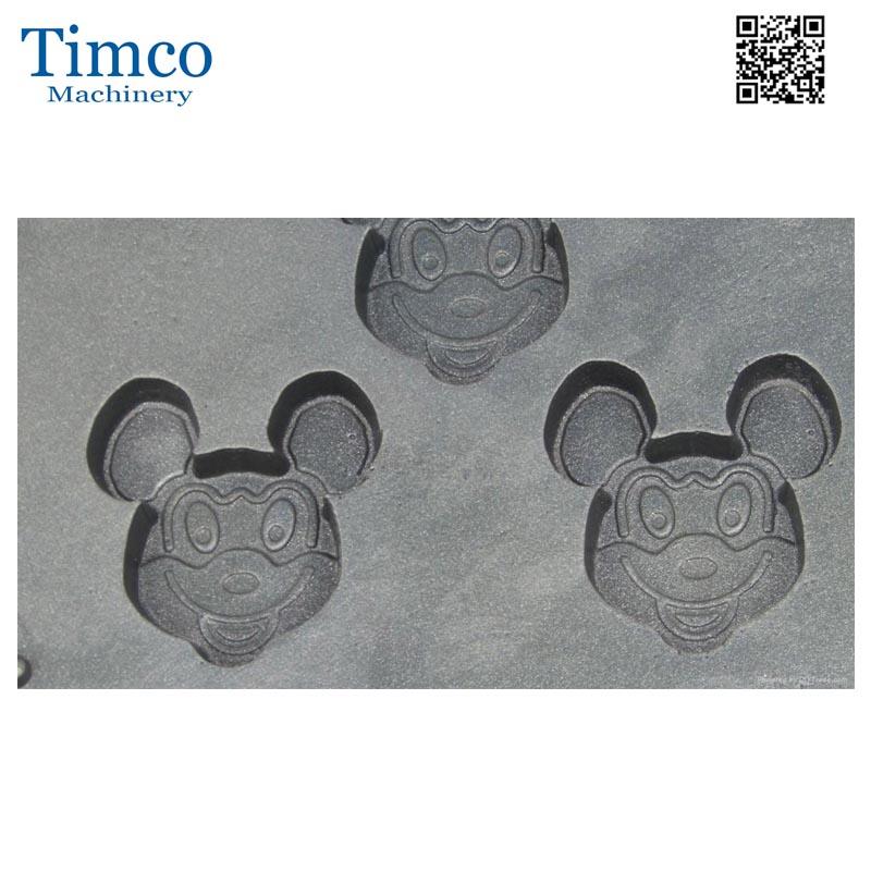 Mickey waffle maker (2)