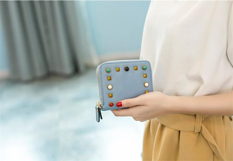 MJ Women Wallets Fashion Colorful Rivets PU Leather Zipper Coin Purse Card Holder Short Wallet with Chain Shoulder Strap (36)