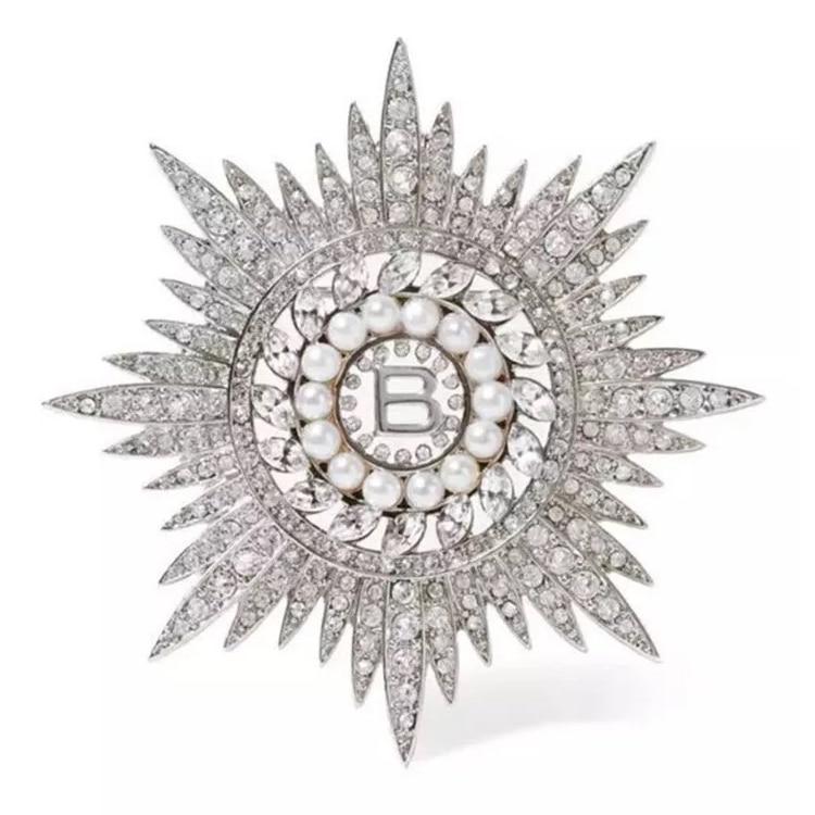 Vintage Baroque Rhinestone Silver Brooch / Pin With Pearl Drop