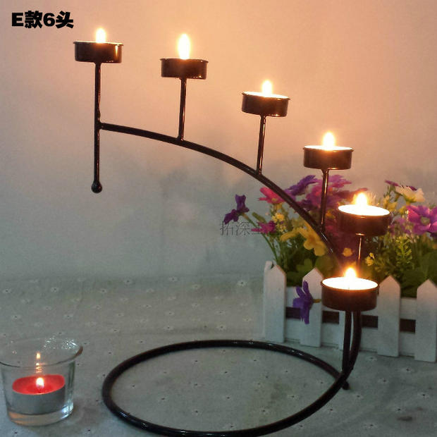 High Quality Hanging Design Metal Vintage Fashion wedding photography props wedding decoration Candle Holder 1