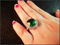 средний - большой изумруд камень кольцо большое кольцо большой
