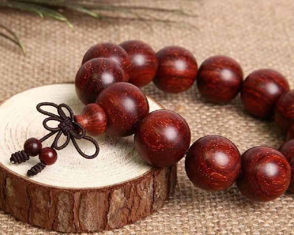 redsandalwood-bracelet04a.jpg